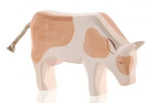 Kuh braun fressend